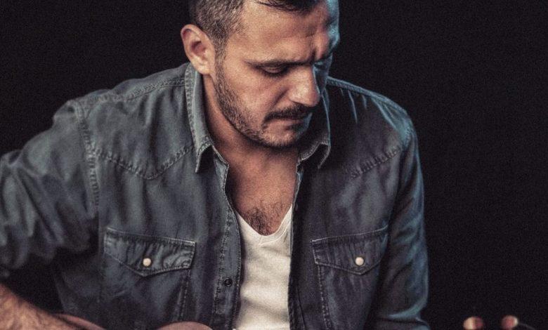 أحمد إبراهيم يطرح أول أغنية بصوته خلال أيام سيدتي