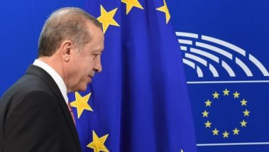 صورة أردوغان يطلب «رضا» أوروبا.. بايدن والاقتصاد كلمة السر