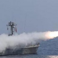 صورة إيران تجري مناورات هجومية على بحر عمان غداً