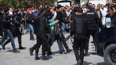صورة الاحتجاجات في تونس.. إحراق العجلات المطاطية بعدد من شوارع القيروان