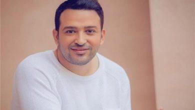 صورة الشاعر تامر حسين يكشف عن مفاجأة «الهضبة» لجمهوره