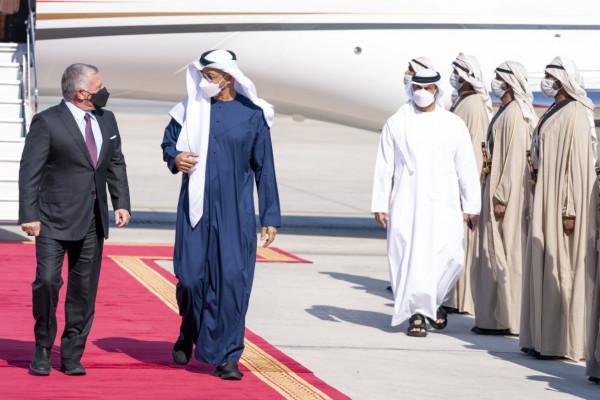 محمد بن زايد وعبد الله الثاني يبحثان العلاقات الثنائية والأوضاع الإقليمية والدولية