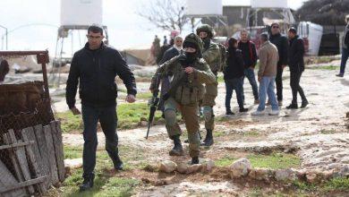 صورة مستوطنون وقوات الاحتلال يواصلون اعتداءاتهم في الضفة والقدس