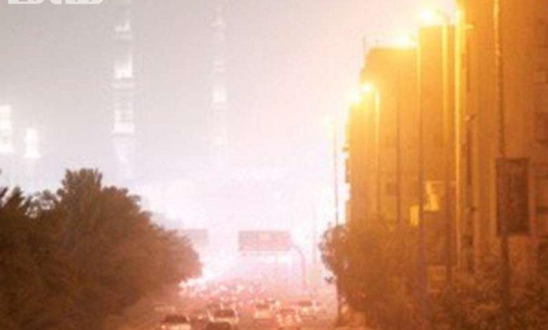 رياح نشطة وأتربة مثارة على منطقة المدينة المن