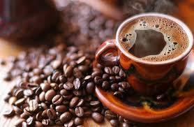 أسباب الرغبة في دخول الحمام بعد تناول القهوة في الصباح؟