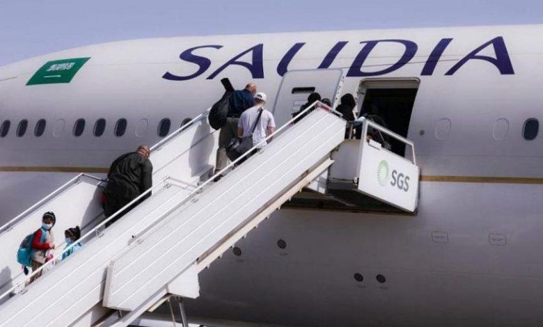 """""""الخطوط السعودية"""": نستخدم محركات مختلفة عن طائرة دنفر.. ونقوم بتحديث أسطولنا كل 5 سنوات · صحيفة عين الوطن"""