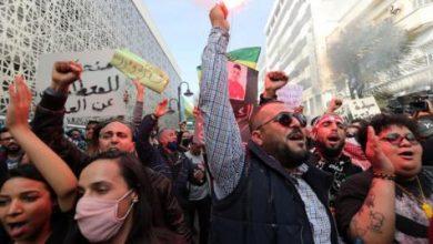 صورة تحذير من انزلاق تونس نحو العنف