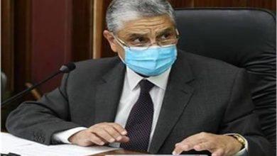 وزير الكهرباء والطاقة المتجددة الدكتور محمد شاكر