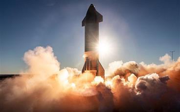 انفجار نموذج أولي من صاروخ سبايس إكس الفضائي لدى هبوطه