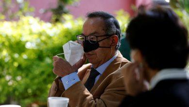 ابتكار قناع للأنف أثناء الأكل والشرب للتقليل من مخاطر كورونا