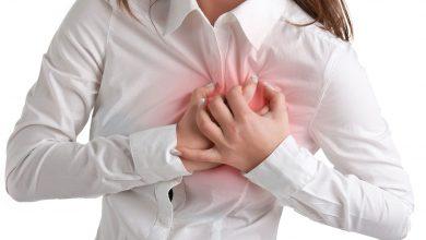النوبات القلبية.. متخصصة تحذر النساء من تجاهل علامات تحذيرية شهيرة