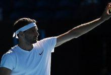 صورة تقنية ثورية تحول كرات التنس القديمة إلى جديدة