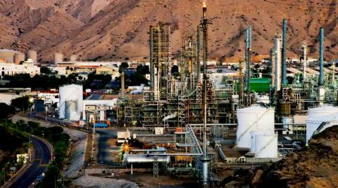 عُمان تكمل إنشاء محطة إمداد الغاز بالدقم