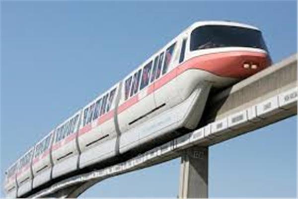 صورة للقطار السريع
