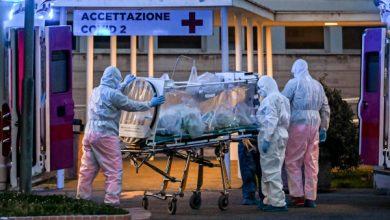 """صورة إيطاليا تسجل أكثر من 15 ألف إصابة بـ""""كوفيد-19″ .. وتكشف عن نجاح أول عملية زرع قصبة هوائية لمريض كورونا"""