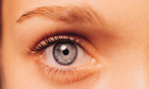 الأطعمة المفيدة فى تحسين صحة العيون