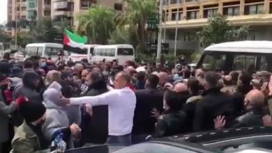 صورة فيديو| أمن السفارة الفلسطينية في بيروت يعتدي على اعتصام للاجئين