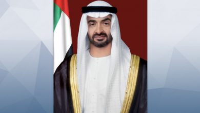 صورة محمد بن زايد يعزي هاتفياً الأمير تشارلز في وفاة والده