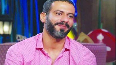 محمد فراج: أجسد شخصية شيخ ملتزم دينيا ومحامي دولي في «لعبة نيوتن»