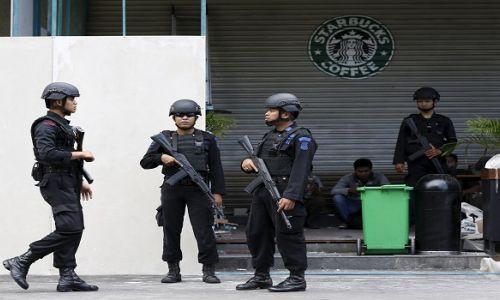 مقتل مهاجم طعن شرطيين في إندونيسيا