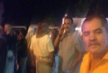 صورة وصول جثمان فقيد الوطن القائد البطل يسلم الشروب إلى مطار عدن وسط غياب للقيادات العليا السياسيه والعسكرية