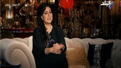 صورة وفاء عامر تكشف عن طريقة عمل الكنافة بالجمبري | فيديو