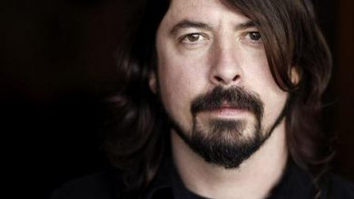 صورة Dave Grohl Memoir 'The Storyteller' Coming out October 5