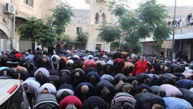 أوقاف السلطة تتجاهل أحداث القدس وغزة في توجيهاتها للخطباء في صلاة العيد