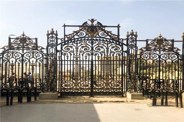 إعادة تركيب البوابة الخارجية الأصلية للمتحف المصري بالتحرير