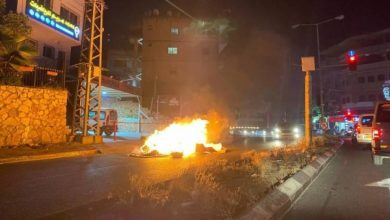 المستوطنون يهاجمون مسجدا في عكا.. مدن وبلدات الداخل المحتل تتحول لساحة مواجهة