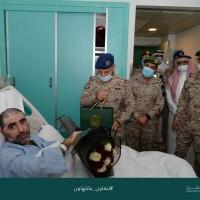 رئيس هيئة الأركان العامة يزور مصابي القوات المسلحة بمناسبة عيد الفطر