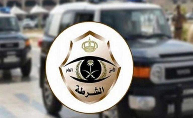شرطة منطقة نجران تلقي القبض على مقيمين ارتكبوا جريمة سرقة محال تجارية · صحيفة عين الوطن