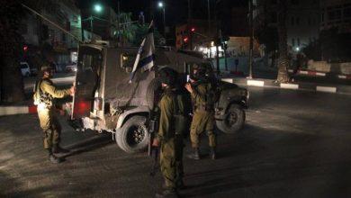 عمليات إطلاق النار تتواصل: إصابة جندي قرب قلقيلية واشتباك على حاجز قلنديا
