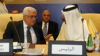 فتح تستهجن دعوة رئيس وزراء قطر السابق للرئيس محمود عباس بالاستقالة .