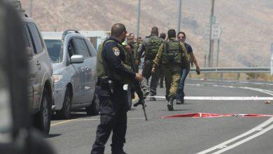 مقاومون يطلقون النار على مركبة للمستوطنين قرب الخليل