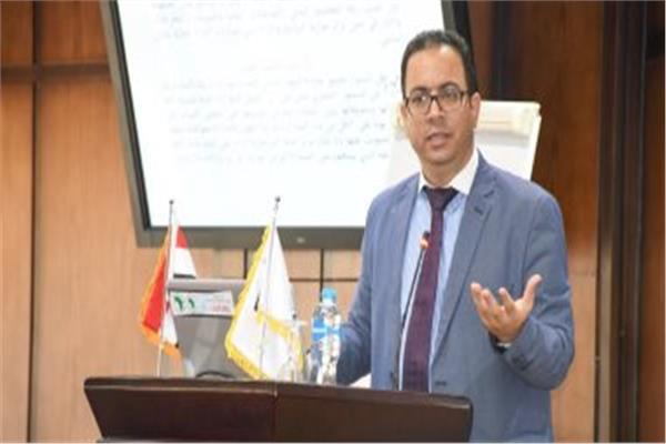 د.جميل حلمي مساعد وزيرة التخطيط والتنمية الاقتصادي