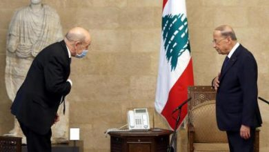 French FM Says Lebanon Needs Saving From 'Collective Suicide'