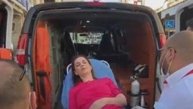 اصابة مراسلة الجزيرة نجوان سمري بقنبلة صوت