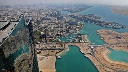 الإمارات تعلق دخول المسافرين القادمين من 3 دول