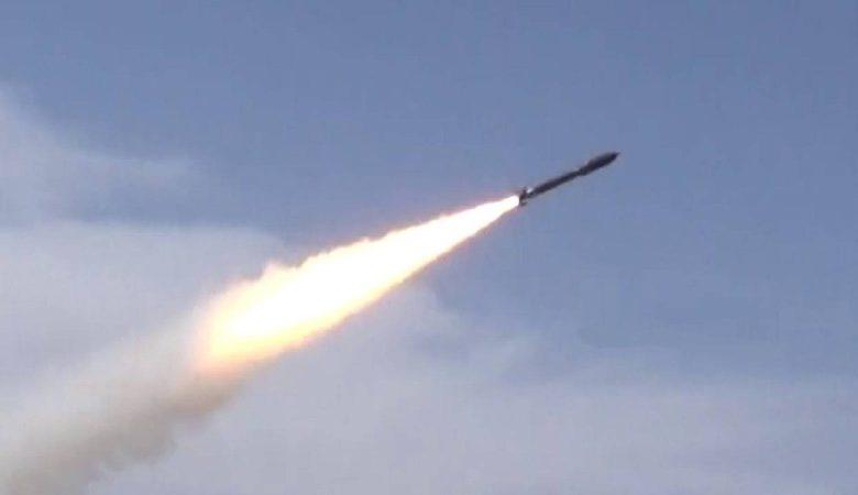 التحالف: منذ بدء الأزمة.. مليشيا الحوثي أطلقت 372 صاروخاً باليستياً و659 «مسيرة مفخخة» - أخبار السعودية