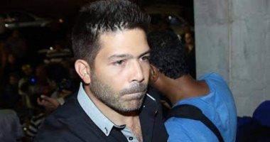 اليوم.. محاكمة 5 متهمين بالتعدى على الفنان ياسر فرج وتحطيم سيارته