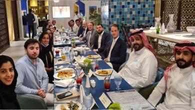 «جلسة قهوة» تدفع سفير فرنسا بالسعودية للإشادة بـ«أمسية رائعة»