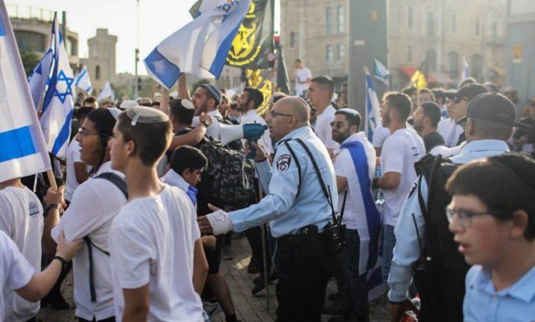 سيناريوهات التصعيد تعود.. لماذا اتخذ الاحتلال قرارا بإقامة مسيرة الأعلام؟