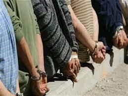 ضبط 5 متهمين بسرقة 15 ماسورة بترول من مشروع في الإسكندرية