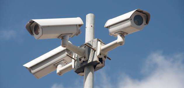 كاميرات مراقبة بمحيط تحويلات كوبري السيارات المتقاطع مع طريق النصر