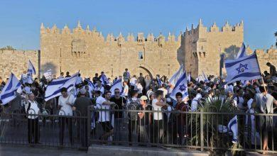 """"""""""" يرصد هاشتاق """"مسيرة الأعلام"""" لن تمر المتصدر بتويتر فلسطين..والشبان يتصدون للمستوطنين ."""
