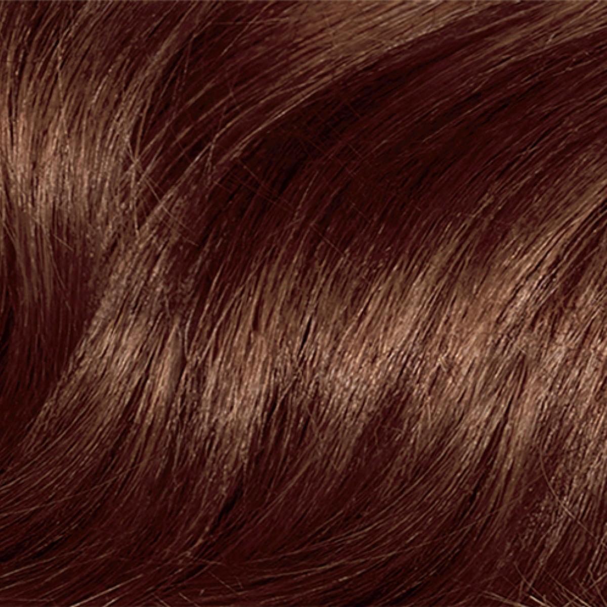 صبغ الشعر بالحناء والنسكافيه للون بني مائل إلى الاحمرار