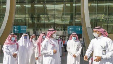 أمير الجوف يتفقد محطة قطار القريات.. والتشغيل منتصف مارس 2022 - أخبار السعودية