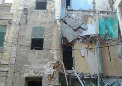 انهيار جزئي بعقار قديم بحي الجمرك في الإسكندرية دون خسائر بشرية