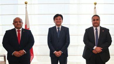 بحضور السفير احمد الدوسري.. النائب علي اسحاقي يلتقي بنائب في البرلمان الياباني